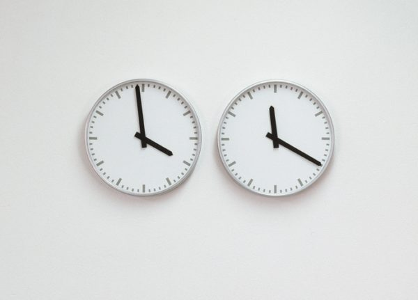 Two Unsync clocks