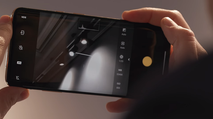 OnePlus Concept One hands-on_ disappearing camera 1-8 screenshot